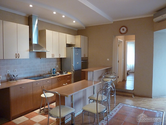 Big apartment in the city center, Three Bedroom (95225), 008