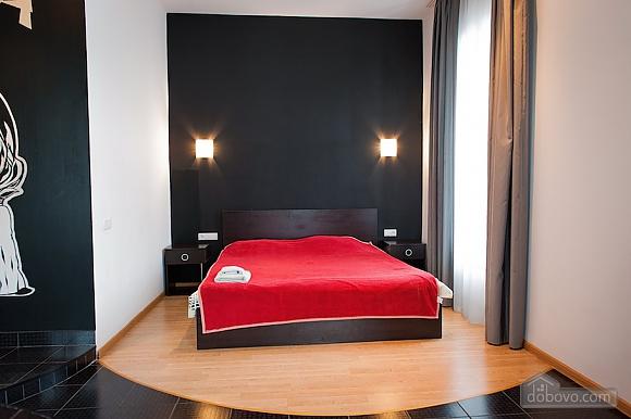 Апартаменты с красивым видом, 1-комнатная (19107), 003