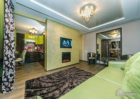 Дизайнерский люкс, 2х-комнатная (24858), 002