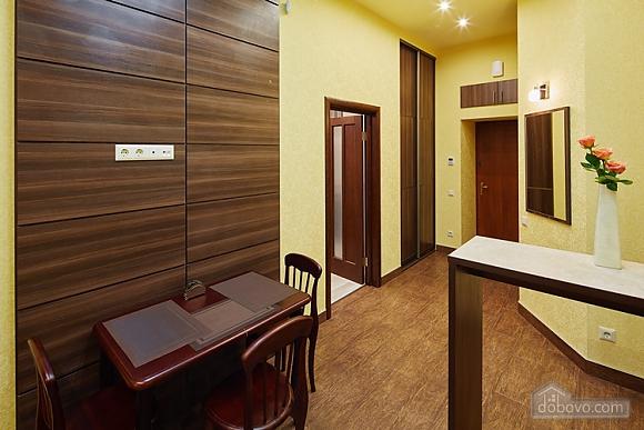 Апартаменты около проспекта Свободы, 1-комнатная (35652), 009