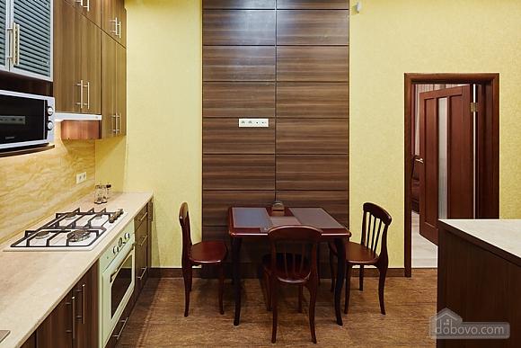 Апартаменты около проспекта Свободы, 1-комнатная (35652), 011