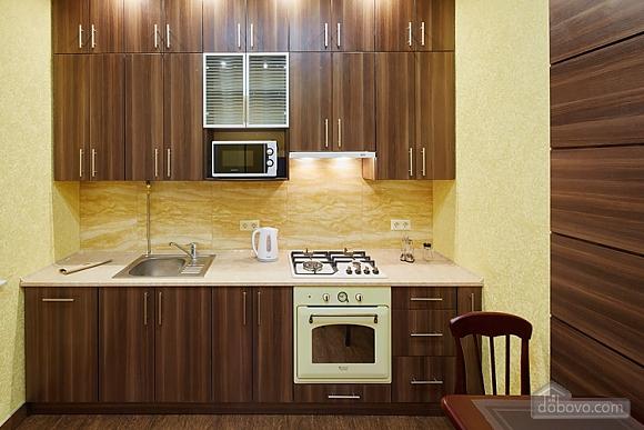 Апартаменты около проспекта Свободы, 1-комнатная (35652), 012