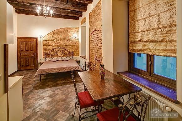 Квартира с дизайнерским ремонтом, 1-комнатная (83580), 001
