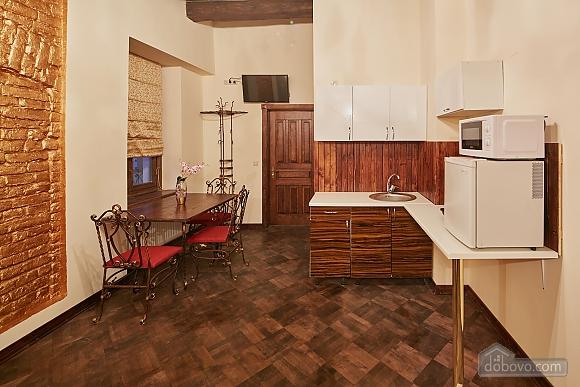 Квартира с дизайнерским ремонтом, 1-комнатная (83580), 003