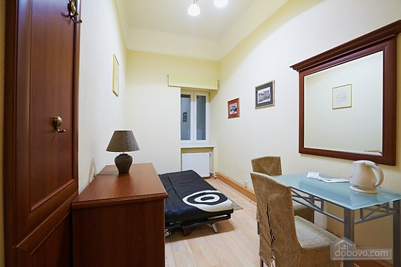 Apartment in the city center, Studio (93613), 001