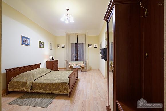 Квартира в центрі міста, 1-кімнатна (79434), 002