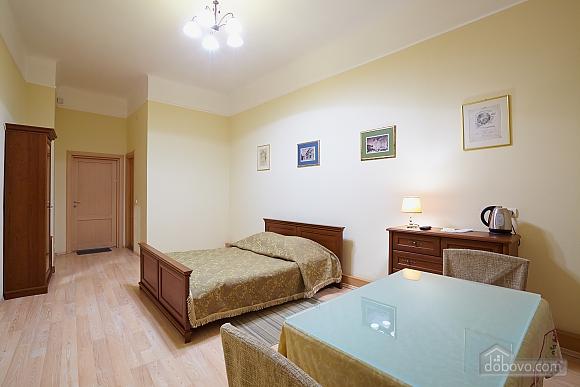 Квартира в центрі міста, 1-кімнатна (79434), 003