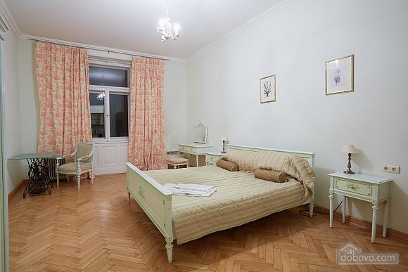 Apartment in the center of Lviv, Studio (56432), 001