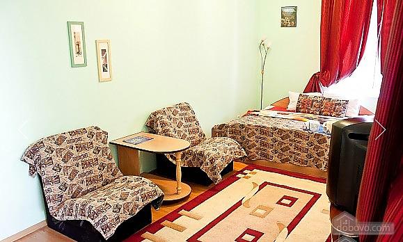Затишна квартира біля метро Олімпійська, 1-кімнатна (47237), 003