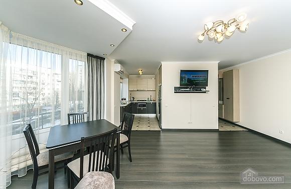 Квартира VIP-уровня, 3х-комнатная (51800), 003