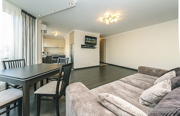 Квартира VIP-уровня, 3х-комнатная (51800), 004