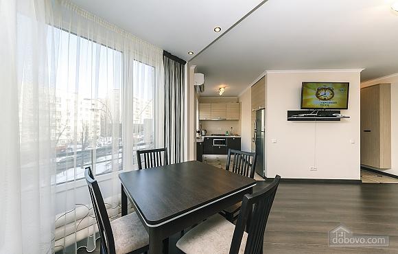 Квартира VIP-уровня, 3х-комнатная (51800), 005