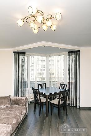 Квартира VIP-уровня, 3х-комнатная (51800), 006