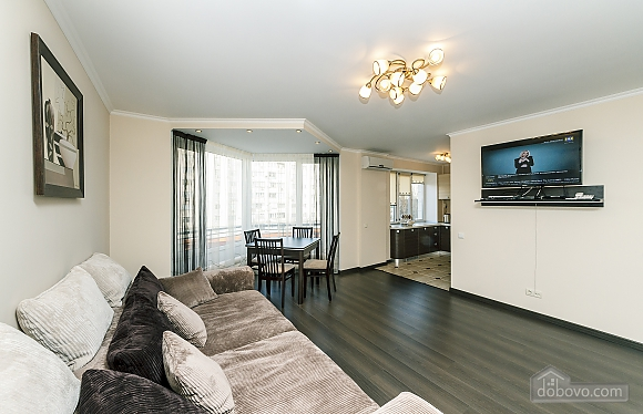 Квартира VIP-уровня, 3х-комнатная (51800), 001