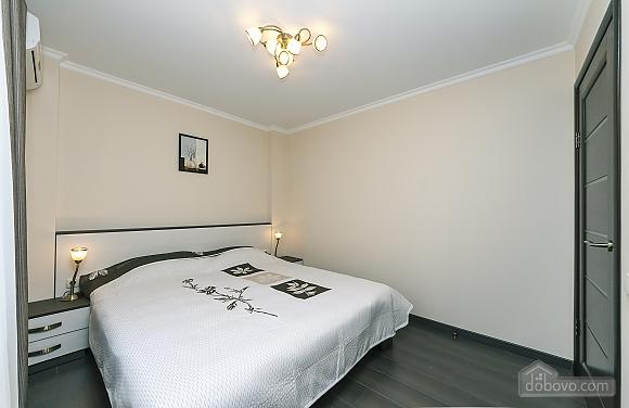 Квартира VIP-уровня, 3х-комнатная (51800), 007