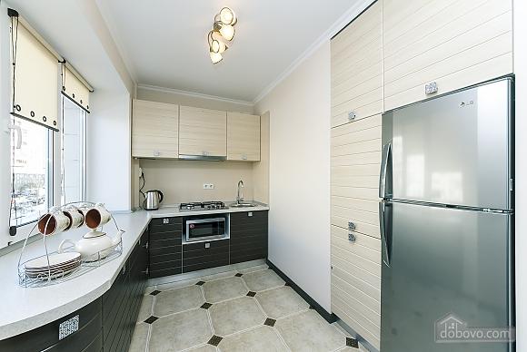 Квартира VIP-уровня, 3х-комнатная (51800), 009