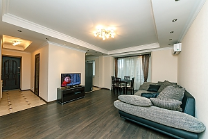 Luxury level apartment, Two Bedroom, 002