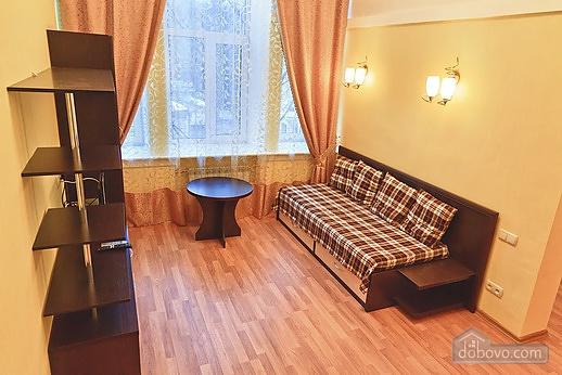 Дворівнева квартира, 1-кімнатна (27898), 002