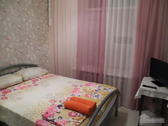 Квартира біля вокзалу, 2-кімнатна (93149), 001
