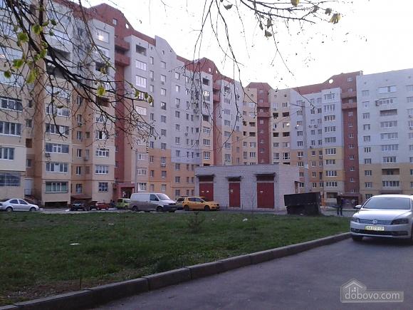 Квартира рядом с ТРЦ Караван, 1-комнатная (14444), 008