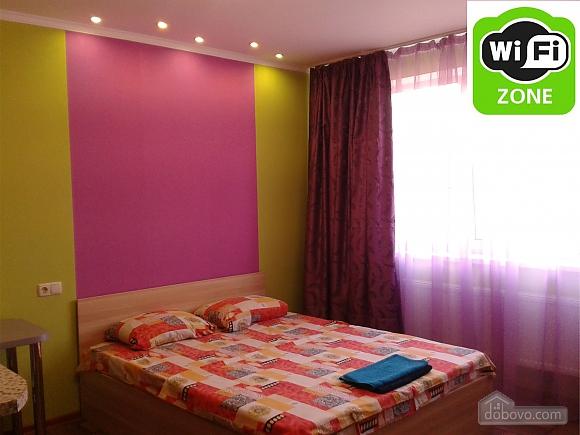 Квартира рядом с ТРЦ Караван, 1-комнатная (14444), 001