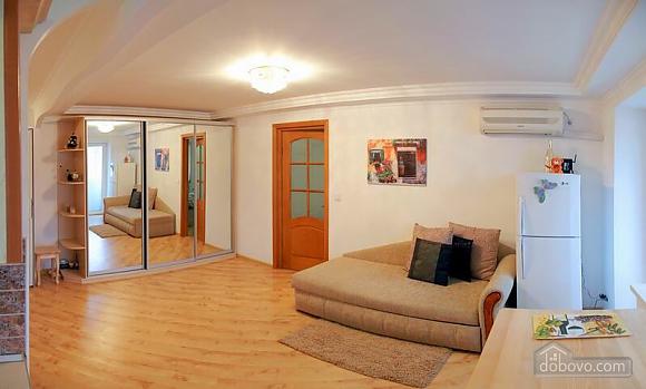 Квартира в центрі міста, 2-кімнатна (96228), 004