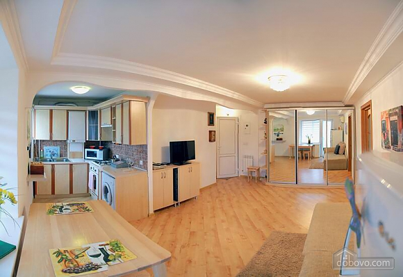 Квартира в центрі міста, 2-кімнатна (96228), 006