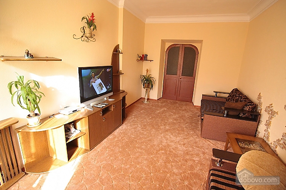Spacious apartment in the city center, Three Bedroom (54710), 001