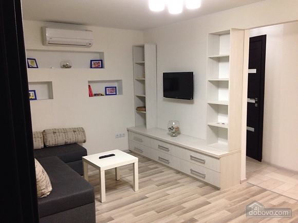 Cosy apartment with parking place, Two Bedroom (69149), 006