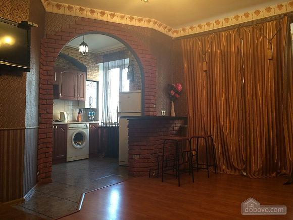 Luxury apartment with designer's renovation, Zweizimmerwohnung (27138), 002