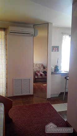Квартира в центре, 1-комнатная (90913), 003