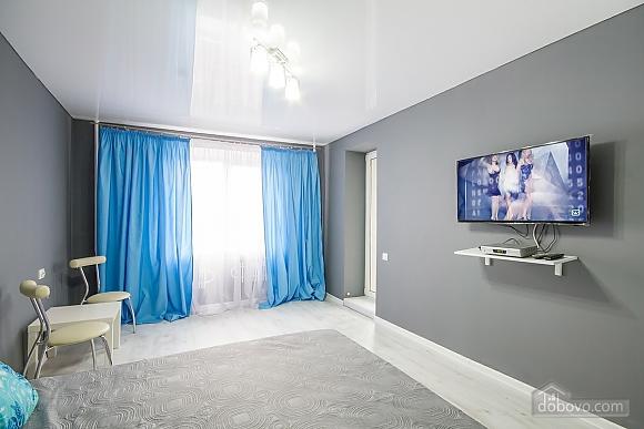 Простора і сучасна квартира поблизу метро Наукова в центрі, 1-кімнатна (20144), 002