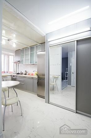 Простора і сучасна квартира поблизу метро Наукова в центрі, 1-кімнатна (20144), 007