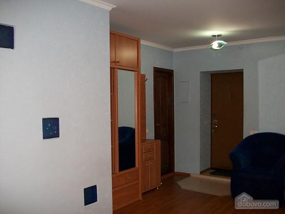 Квартира люкс-класу в центрі міста, 1-кімнатна (88910), 009
