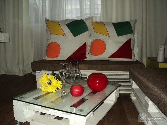 Квартира з дизайнерським оригінальним ремонтом, 1-кімнатна (77580), 003
