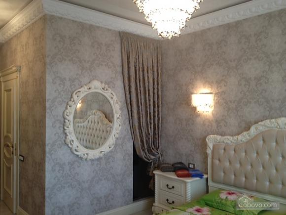 Apartment in the center, Studio (31375), 003