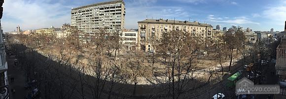 Новые видовые люкс апартаменты в центре, 2х-комнатная (44624), 019