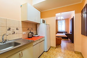 Apartment in the historical center, Studio, 004