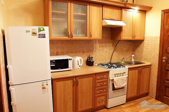 Apartment in the city center, Studio (90598), 010