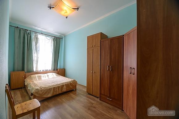 Затишна квартира, 2-кімнатна (37109), 002