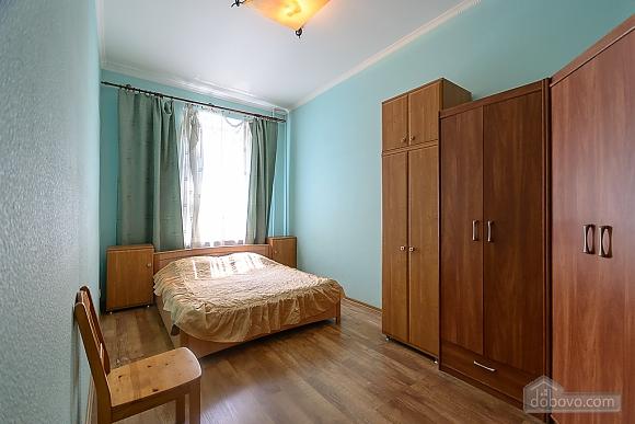 Затишна квартира, 2-кімнатна (37109), 001