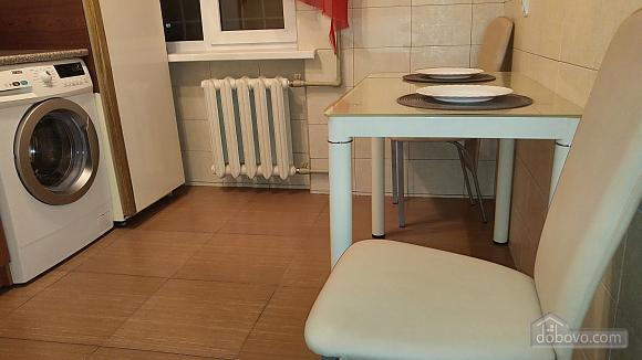 Евро-квартира в центре, 1-комнатная (56635), 011