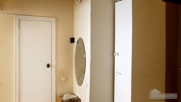 Стандартная квартира в самом центре, 1-комнатная (48903), 005