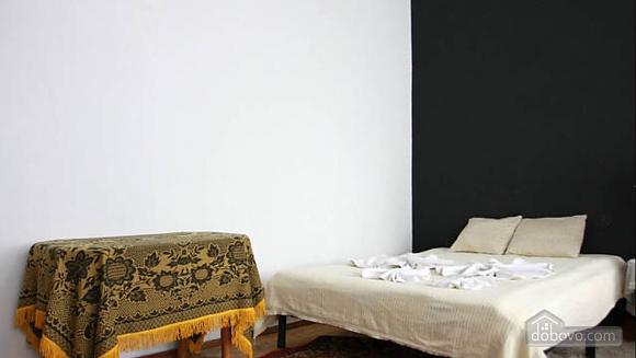Стандартная квартира в самом центре, 1-комнатная (48903), 014