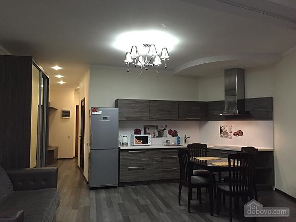 Чудова квартира в Міст-Сіті, 1-кімнатна (18282), 001