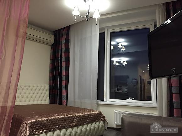 Чудова квартира в Міст-Сіті, 1-кімнатна (18282), 009