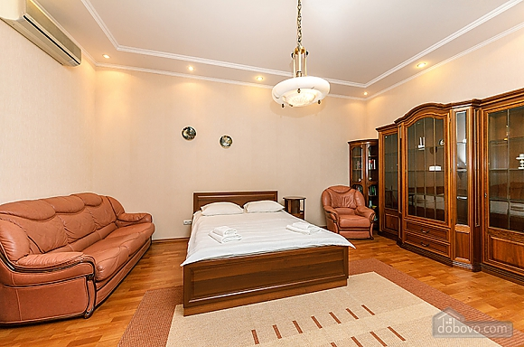 6-rooms apartment, Cinque Camere (92353), 004
