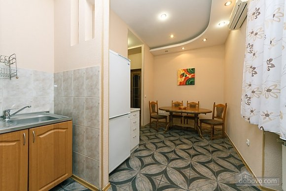 Apartment in the city center, Deux chambres (11379), 004