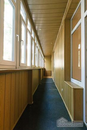 Квартира в центрі міста, 3-кімнатна (11379), 008
