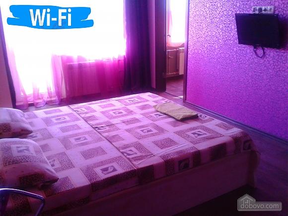 Квартира біля ТРЦ Караван, 1-кімнатна (52233), 002